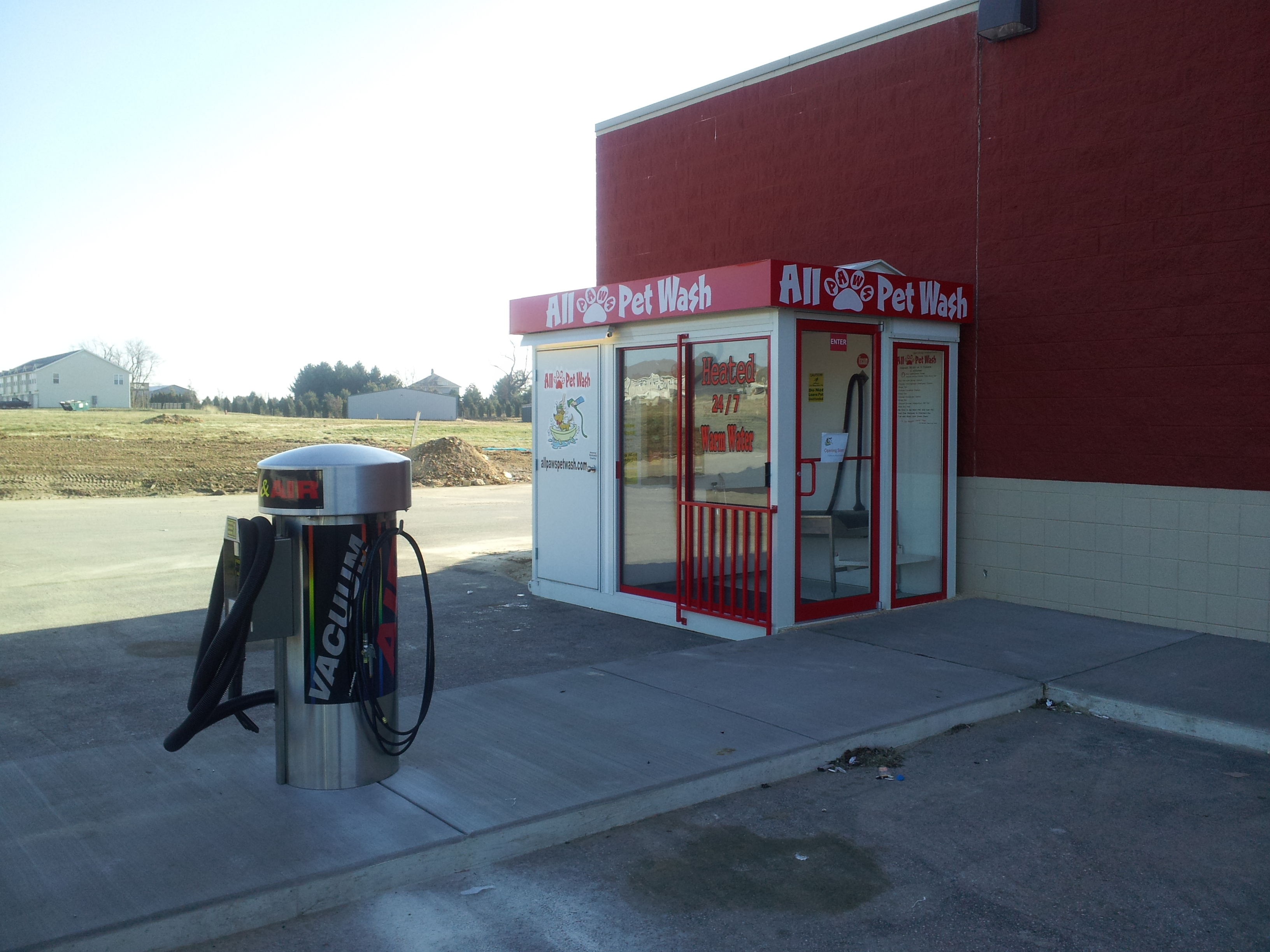 Dog bathing station home design ideas perfect gas station self serve pet wash solutioingenieria Image collections