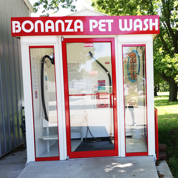 Bonanza Pet Wash Unit and shelter